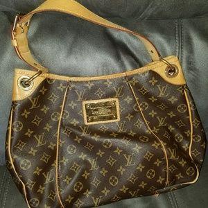 Louis Vuitton Galliera GM Bag